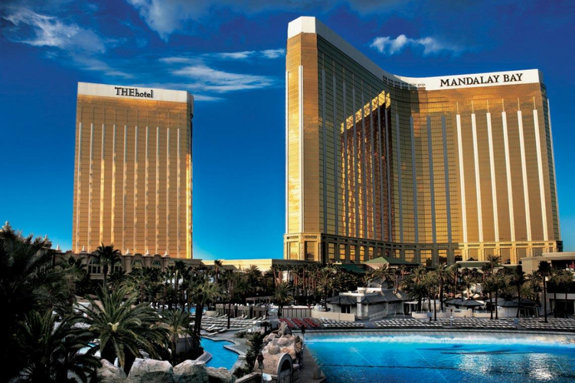 2-Mandalay-Bay-Hotel-and-Casino-Design